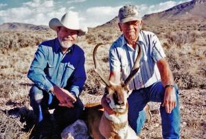 2000s12a 300x203 Utah Pronghorn Antelope, Leeder Hunting