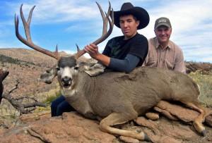 2000s9a 300x203 Leeder Hunting, Nevada Mule Deer